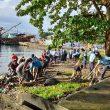 Lanud Pattimura Gelar Aksi Bersih Laut & Pantai