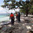 Brimob Patroli Tanggap Bencana Di Pantai Liang