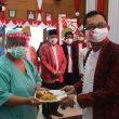 Syukuran HUT RI Di Ambon, Mantan Pasien Covid-19 & Nakes Dapat Tumpeng