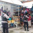 Datangi Pasar Piru, Brimob Maluku Ajak Taati Protokol Kesehatan