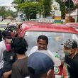 Protes Pedagang Pasar Mardika Jualan Di Jalan, Sopir Angkot Demo Di DPRD Ambon