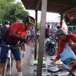 MKP Bersepeda Temui Penjual Ikan Di Ambon