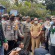 Dipaksa Tolak UU Cipta Kerja, Wagub Maluku Tinggalkan Para Pendemo