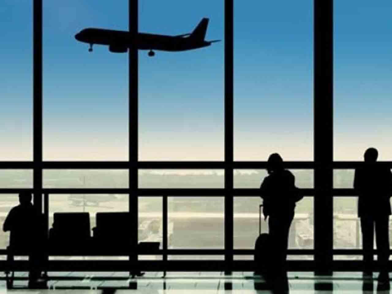 Harga Tiket Pesawat Turun Sejak 23 Oktober 2020 Ini Bandara Keberangkatannya Malukuterkini Com