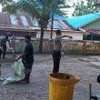 TNI – Polri Bersihkan Gudang Penyimpanan Logistik Pilkada Aru
