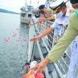 Danlantamal, Wakapolda & Sekda Maluku Tabur Bunga Di Laut Kenang Perjuangan Martha Christina Tiahahu