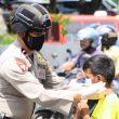 Ratusan Masker Dibagikan Personel Brimob Di Ambon