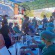 Wali Kota Ambon Tinjau Vaksinasi Pedagang & Sopir Angkot