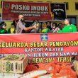 Dharma Wanita Pengayoman Kemenkumham Maluku Bantu Korban Gempa Tehoru