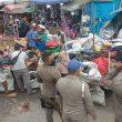 Satpol PP Kota Ambon Tertibkan PKL di Areal Terminal Mardika