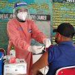 TNI AL Konsisten Vaksinasi Masyarakat Maritim di Ambon