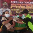 Vaksinasi Mobile Polda Maluku Layani 342 Warga Negeri Allang & Liliboy